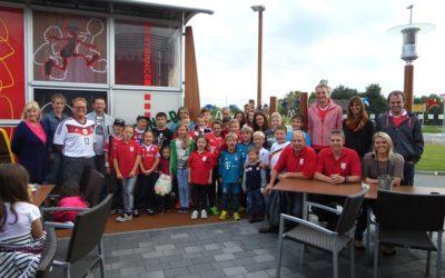 Ausflug in die FC Bayern Erlebniswelt und eine Kid's Tour.